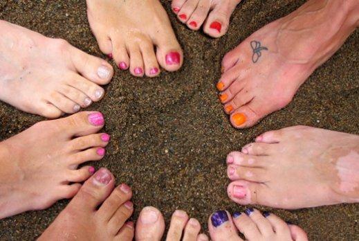 Как сделать так чтобы обувь не красила ноги