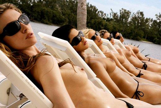 Упражнения для женщин с маленькой грудью