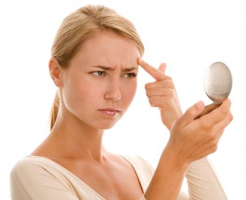 Половой псориаз у мужчин, как правило, проявляется в виде высыпаний на головке полового члена и паховой