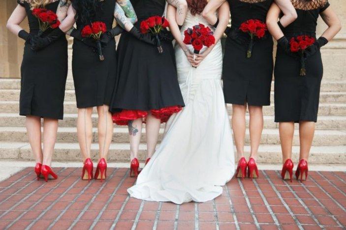 Можно ли на свадьбу ходить в черном платье