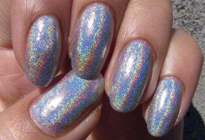 Голографические ногти фото